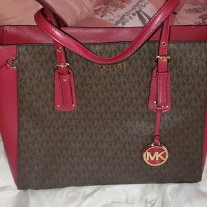 MICHAEL KORS  RED AND BROWN PURSE